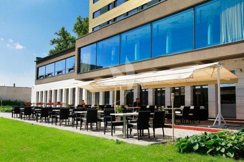 O hoteli hotel yasmin ko ice for Design hotel 1690